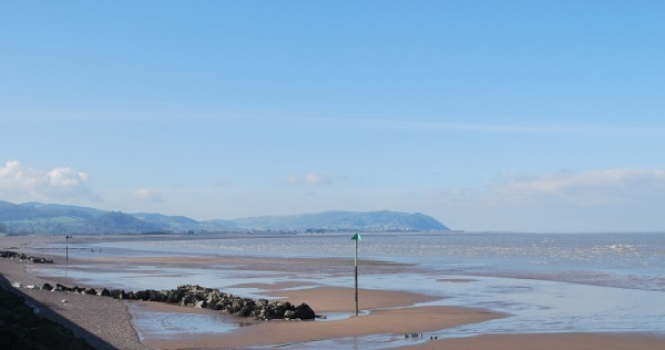 dunster beach holidays, holi moli chalet, salad days chalet, dunster chalet, Blue anchor, at audries, beach holiday, Dunster beach hut, chalet, beach hut, beach, exmoor, somerset, local area